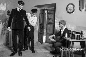 2020_09-01 Dolce&Gabbana_ADV_FW 20-21_Man_Finizio_B&W MIT SCHRIFT-